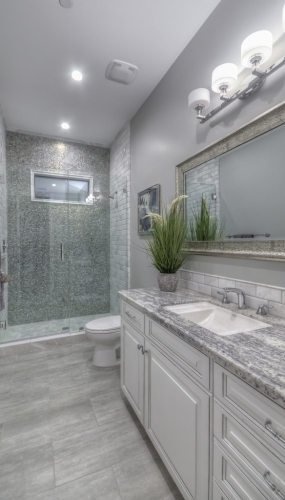 2nd Bathroom (2)-SMALL